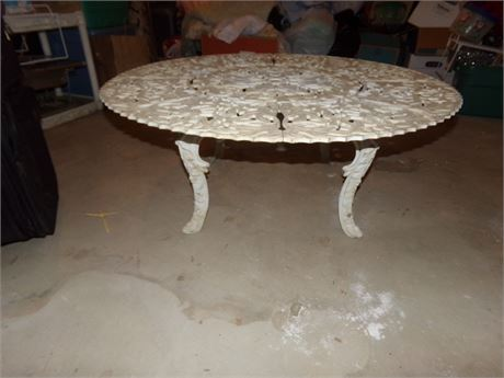 Round metal outdoor table