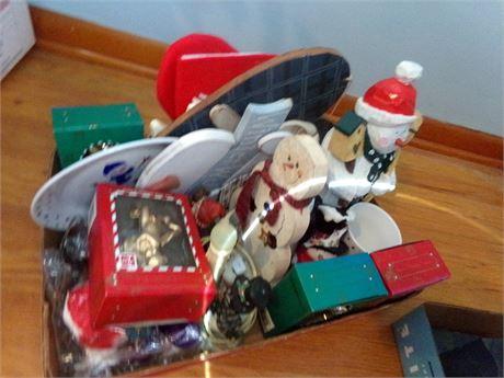 Holiday Decorative Figurines