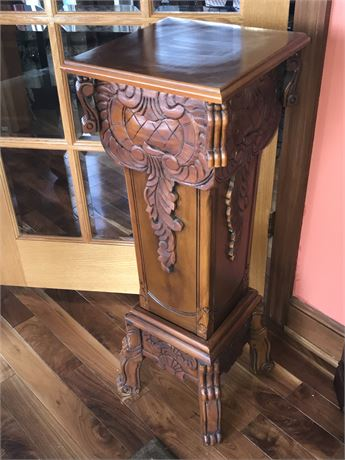 Finely Carved Wood Pedestal (1 of 2)