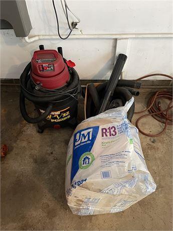 Wet/Dry QPV Shop Vac w/Accesories & Insulation