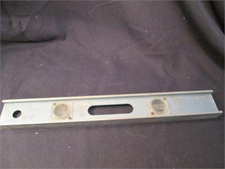 """Vintage Casey 18"""" Aluminum Carpenter's Level"""