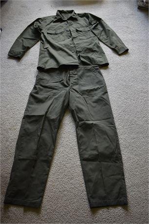 Military Uniform-USAF?