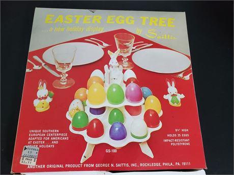 Vintage Easter Egg Tree Saittis