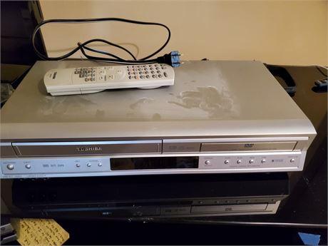Toshiba DVD/VCR Deck Model SD-V3925U2