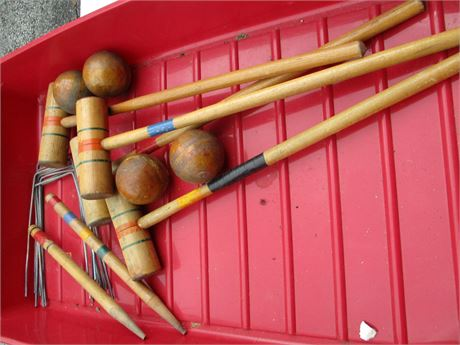 Vintage 4 Player 1950's Wood Croquet Set with Wickets & Pegs