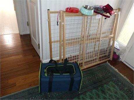 Pet gates and miscellaneous pet supplies