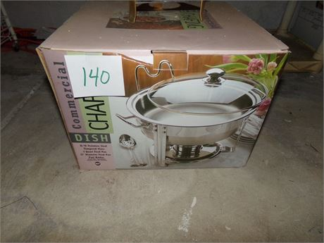 Chafing Dish, new in box