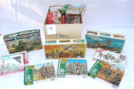 HO Scale Model Train Buildings, Diorama and Accessories