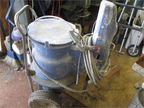 Commercial Graco 833 Heavy Duty Paint Sprayer Wheeled wIth Binks Nozzle Gun