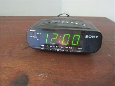 Sony Alarm Clock. powers on