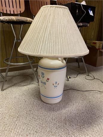 PAINTED FLOWER LAMP