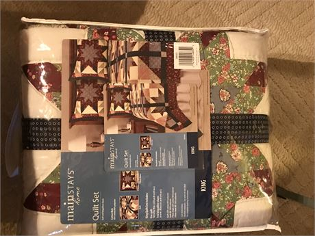 Quilt Set - King Sized - New in Bag