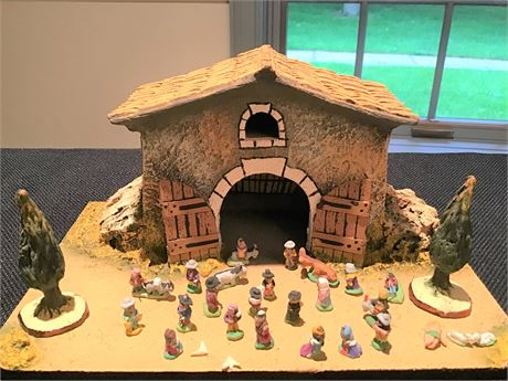 Primitive Farmhouse & Miniatures
