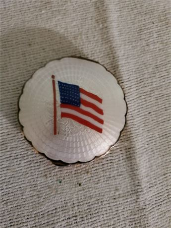 Vintage Enameled Compact U.S. Flag
