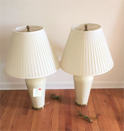 Matching Pair of Ethan Allan Table Lamps