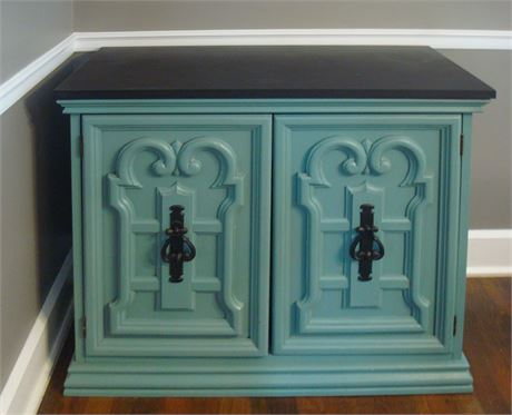 Cabinet with Double Doors