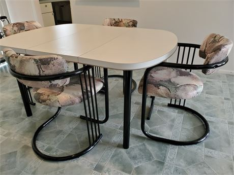 Reflections Dining Table + 4 Chairs RETRO
