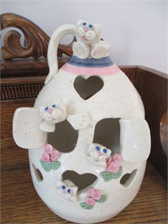 Hand Crafted Pottery Franceinz Signed Yankee Peddler Bee Hive Accent Lamp