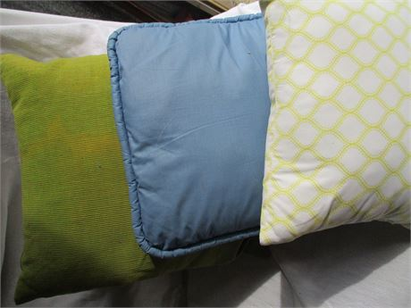 3 Pieces Mixed colors Odd Lot Throw Cushion Pillows Lot