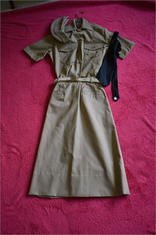 US Army Women's Uniform-Great for Andrew Sisters/ WWII Style Costume