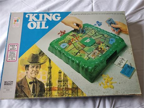 Vintage King Oil Board Game 1974