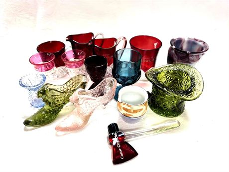 FENTON Glass, Pressed Glass and Souvenir Glass Collection