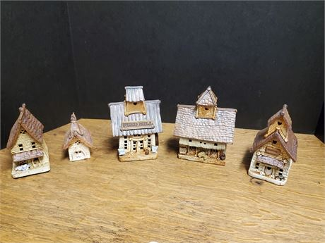 Windy Meadows Pottery Lot of 5 Granny's Cottage +