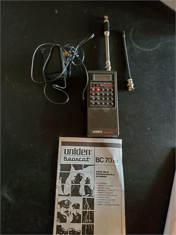 Uniden Bearcat BC-70 Handheld CB