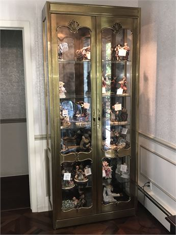 Very Large and Heavy Lighted 5 Glass Shelves Display Cabinet with Mirrored Back