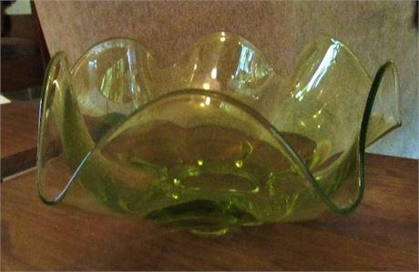 Ruffle Edge Bowl Green Glass