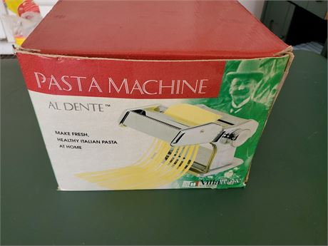 Villa Ware Pasta Machine No 177