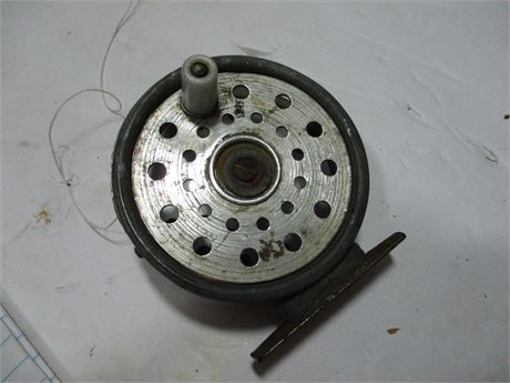 Vintage Shakespare 1095 Fly Fishing Reel