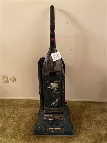 Hoover Wind Tunnel Self-Propelled Vacuum