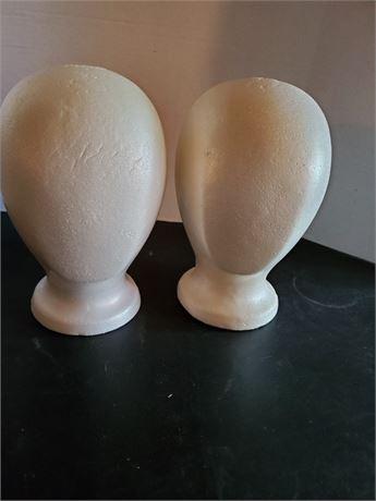 2 Wig Heads