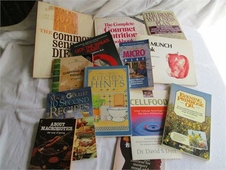 13 pieces Assorted Healthy Eating & Cook Books Lot
