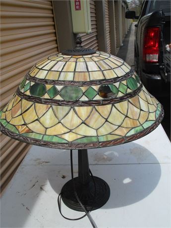 Magnificent Tiffany Style Large Stained Glass Desk Table Lamp