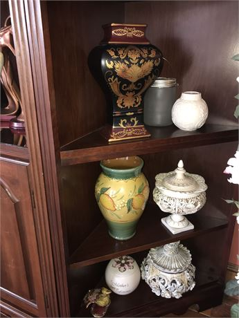 Decorative 3 Shelf Lot