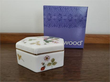 Wedgwood Wild Strawberry Hexagonal Candy Box