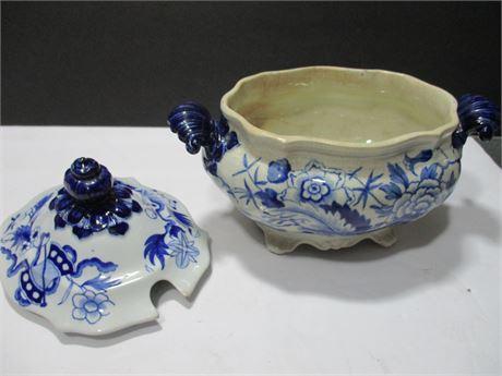 "Vintage Irontone Blue & White Heavy China 8"" Covered Dish"