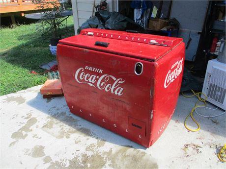 Rare 1950's Coca Cola Westinghouse WD 12 Bottle Soda Cooler