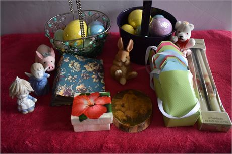 Holly Hobby taper candles/Easter baskets with ceramic eggs/small ceramics