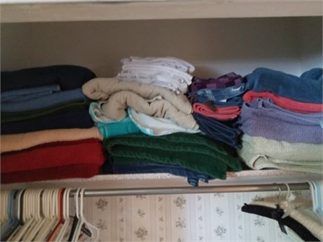 Closet Clean Out: Blankets and Towels
