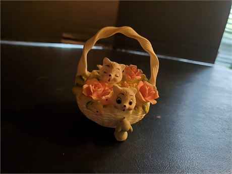Vintage Georgian Fine Bone China, 2 Cats in a Basket w/ Mouse