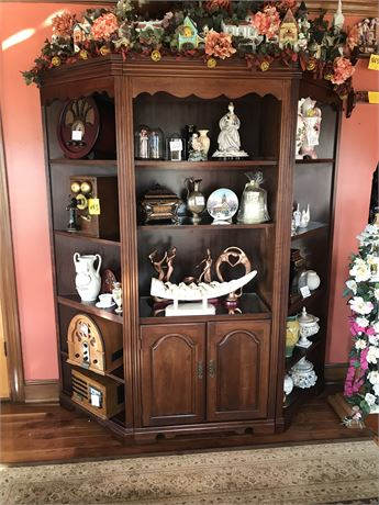 3 Piece Wall Unit (contents NOT included)