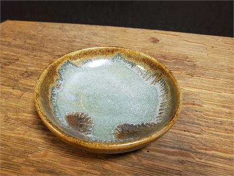 Pigeon Forge Pottery Douglas Ferguson Dish