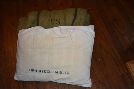 Sleeping bag USAF and pillow from base at Diego Garcia