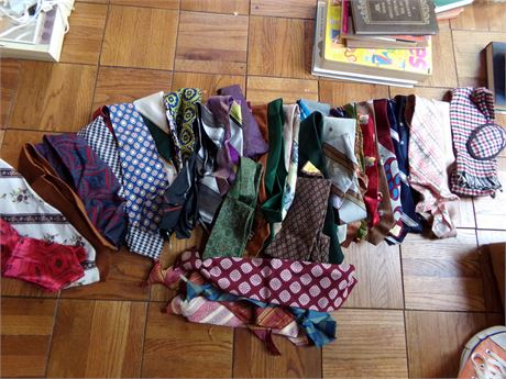 Large Collection of Vintage Ties