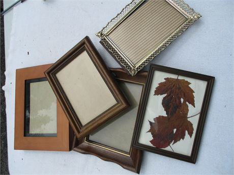 Nice Assorted 5 pcs  4X6 & 5X7 Picture Frames Lot