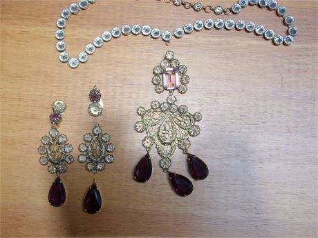 Beautiful Ornate Necklace, Pin / Pendant, and Pair of Earrings