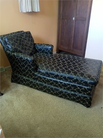 Mid-Century Fainting Couch/Chaise